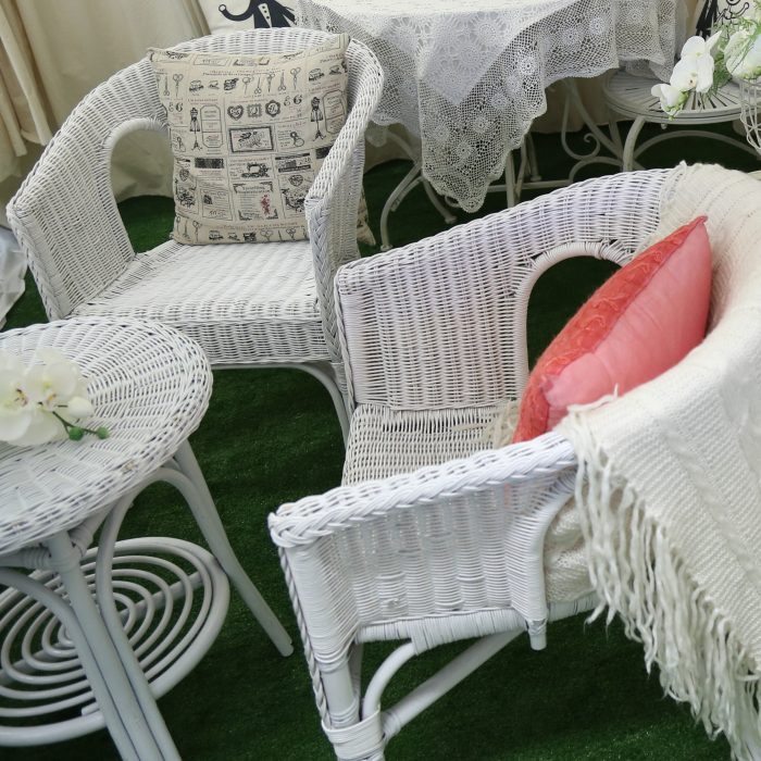 Small White Wicker Table Amp 2 Chairs
